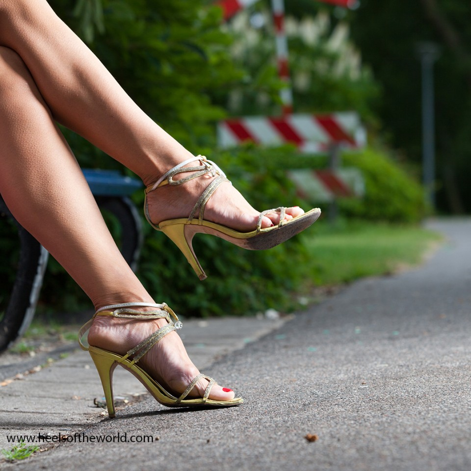 20130730_Dutch-shoes_heels-at-Zuiderpark-Den-Haag-by-Etienne-Oldeman-Photography-28.jpg