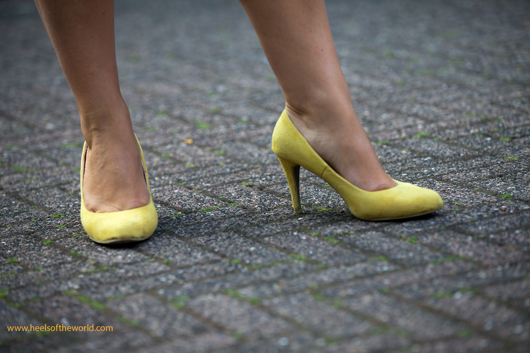 Serie special heels for shoesoftheworld by Etienne Oldeman Photography. Dutchs shoes and heels all over theworld.