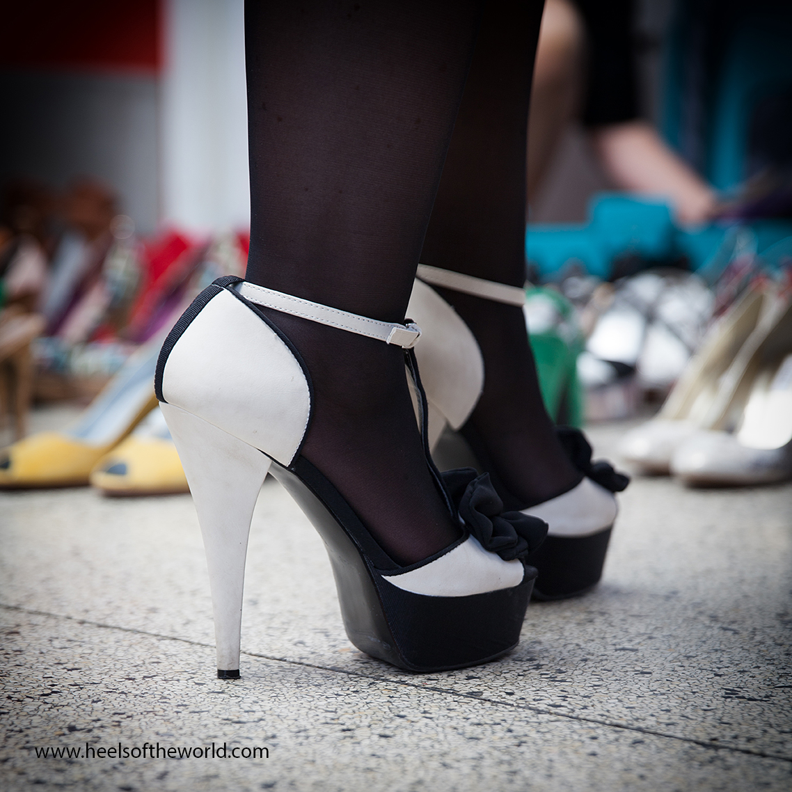 Serie about women with a passion for highheels at HeelsoftheWorld a project by photographer Etienne Oldeman. Heels all over the world.