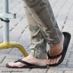 Flipflops non-heels at Straattheater Lansingerland in Bergschenhoek